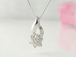 K18WG(ホワイトゴールド)お花がかわいいダイヤモンドネックレス