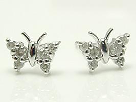 K18WG(ホワイトゴールド)蝶がキュートなダイヤモンド0.16ctピアス