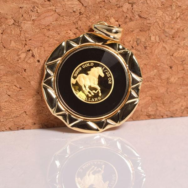 コインペンダント 馬 / クイーンエリザベスII コイン 24金 枠 18金 1/25オンス y160563