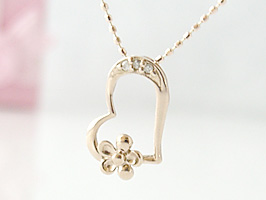 K18PG(ピンクゴールド)ハートとお花のダイヤモンドネックレス