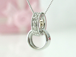 K18WG(ホワイトゴールド)ダイヤモンドネックレス