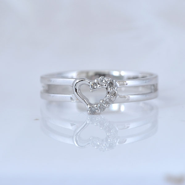 ピンキーリング ハート形 ダイヤモンド ホワイトゴールド 小指指輪 y120054w