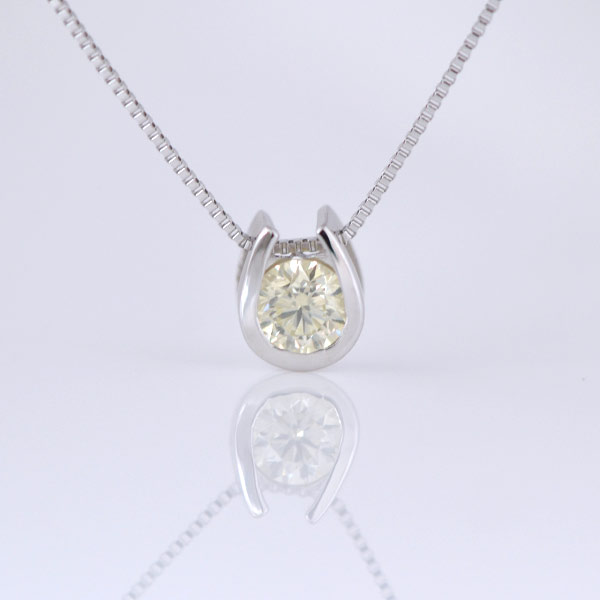 K10WG 馬蹄デザインの一粒ダイヤモンドイエロー色ネックレス
