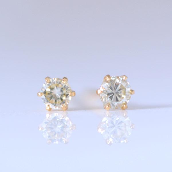K18 ダイヤモンドピアス 0.16カラット 18金ダイヤピアス