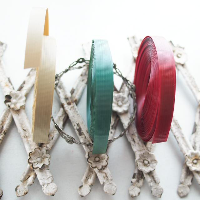 プラかご作りのための手芸用PPバンド、カーキ、深緑、濃い赤