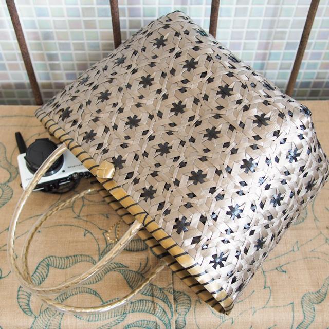 花まる編みのプラかご