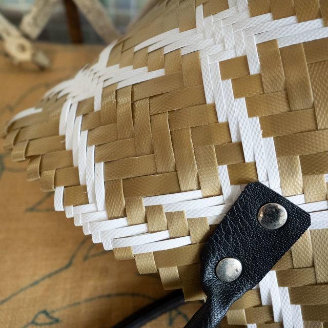 ベトナム製PPバンド鳥柄のプラかご