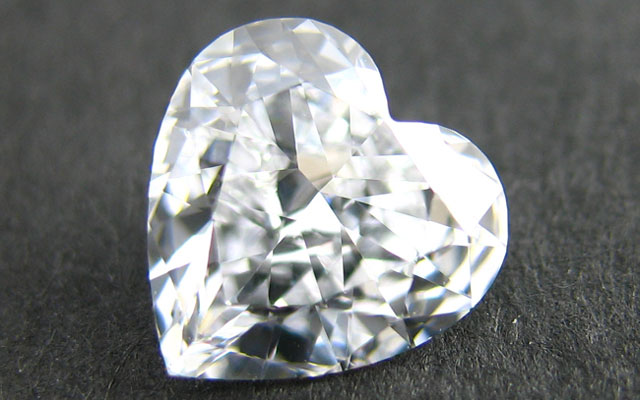 Dカラーハートシェイプダイヤモンド画像