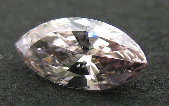 ピンクブラウンダイヤモンド画像