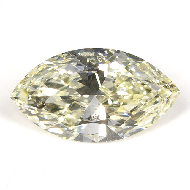 Mカラーダイヤモンドルース