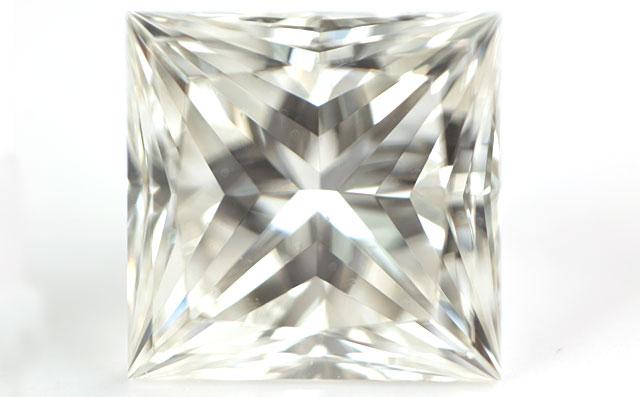 天然ダイヤモンド ルース(裸石) 0.49ct ( 0.492ct ) Jカラー,VS2, プリンセスカット, POL=EX, SYM=EX 【 GIA 中央宝石研究所 】