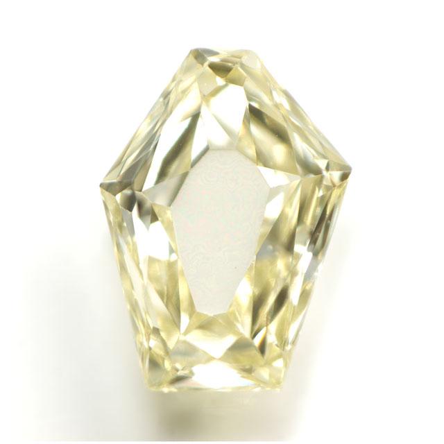 アンダーSカラーダイヤモンドルース