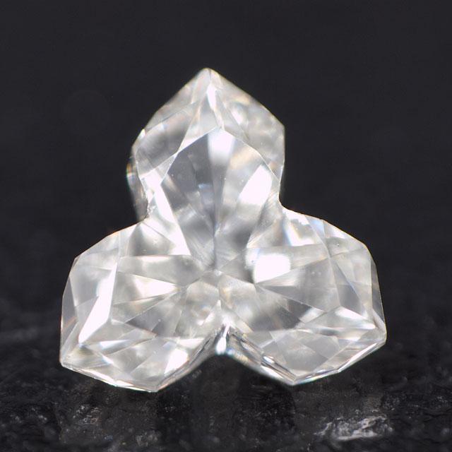 【 三芒星のような形状 】 天然ダイヤモンド ルース ( 裸石 ) 0.189ct, Iカラー, VS-1, Fancy Cut, 中央宝石研究所ソーティング