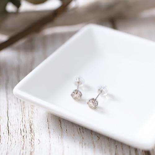 プラチナ900 ダイヤモンド 0.7カラット ピアス 0.5g 1175-IG09