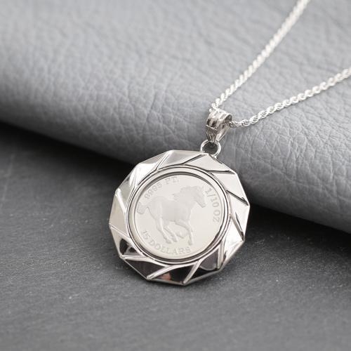純プラチナ コイン 9995 2.5g 1/10オンス ペンダント ホース Pt900 デザイン枠 3821-HG19
