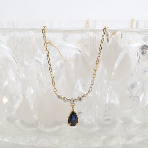 18金 天然石 サファイア ダイヤモンド 0.09ct ペンダント 5328-YG19