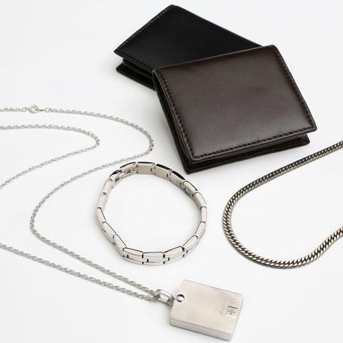 福袋 2018年 チタン ネックレス ブレスレット ピルケース コインケース 4点セット 6008-XS18