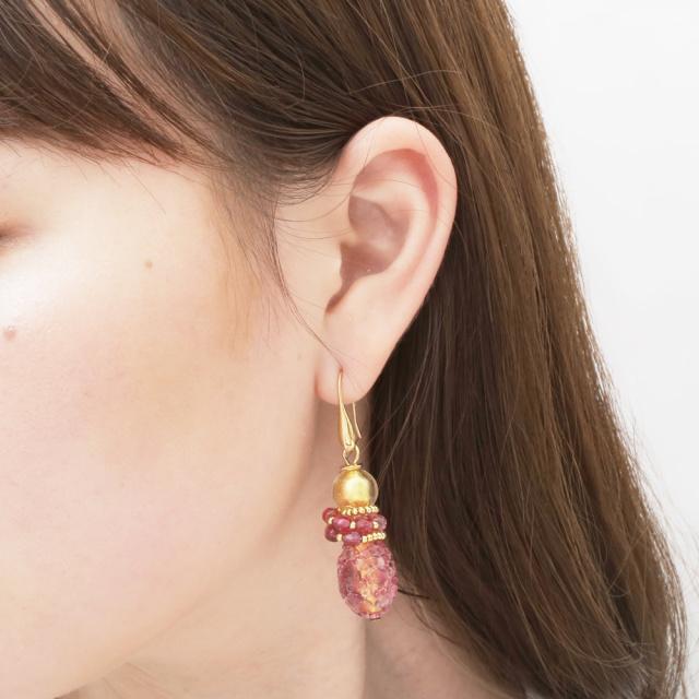 イタリア製 ベネチアンガラス フックピアス 山吹色 ピンク アンティコ・ロザ 純金箔入り  7980-IN19