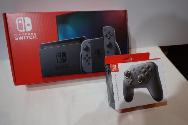 【北海道】【中古】 Nintendo Nintendo Switch グレー HAD-S-KAAAA 別売プロコン付属