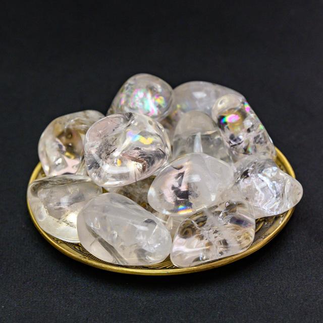水晶のタンブル(大)300g(レインボークオーツ入り)(se212201)