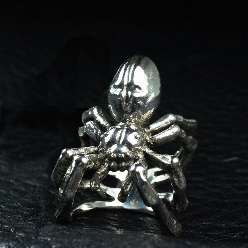 Gokurakugumo Ring / 極楽蜘蛛リング
