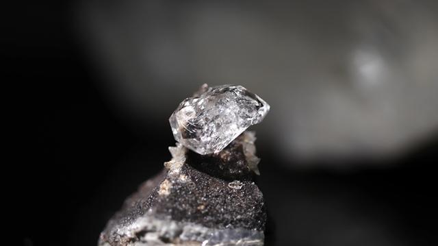クオーツダイヤモンド