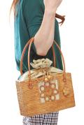 巾着フタ付き 花モチーフ編み模様入りスクエアかごアタバッグ