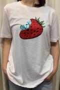 """Italy """"OUCH"""" いちご ストロベリー 半袖 Tシャツ"""