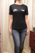 ウィンク 刺繍 半袖 Tシャツ