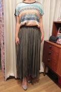 光沢 スカート