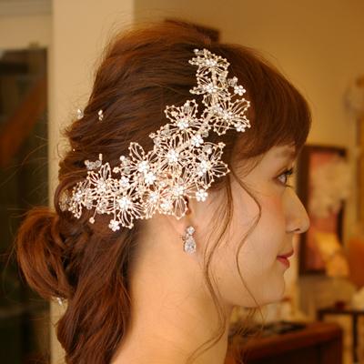 【ご遠方レンタル商品】 お花モチーフブライダルワイヤー髪飾り ヘアー飾りB-071
