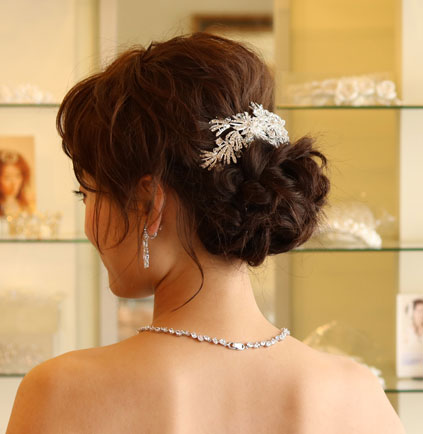 【ご遠方レンタル商品】透明感のあるブライダル髪飾りB-317