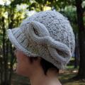 ニット 帽子 リボン ニット帽  レディースのかわいい ニット帽子 ベージュの毛糸の手編み帽子★メール便対応