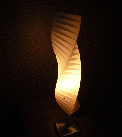 フロアランプJK104(照明/間接照明/スタンドライト/デザイン照明/インテリアランプ/フロア照明/スタイリッシュ/モダン/北欧)