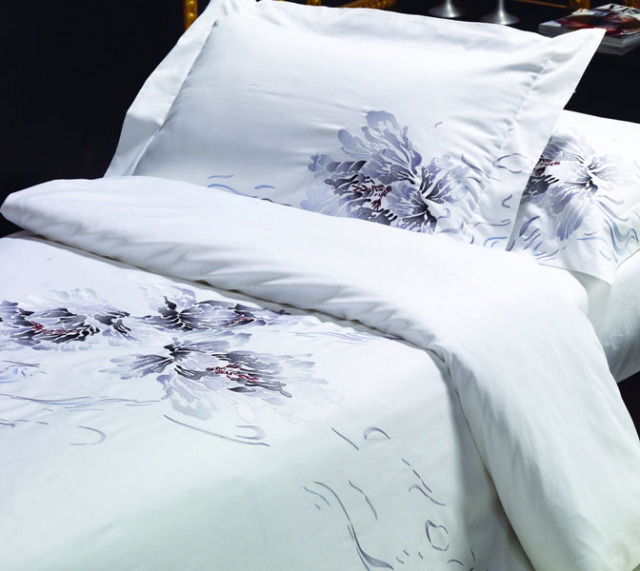 BKQ009ピロケースL(刺繍)(ベッドリネン 寝具カバー 掛け布団カバー ボックスシーツ 枕カバー 北欧 花柄)