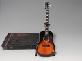 B級品 ミニチュア楽器 Axe Heaven  AC-002 Vintage Sunburst  Acoustic Mini Guitar