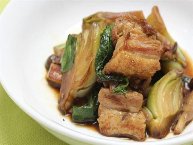 【人気商品】豚バラ肉と青梗菜のオイスターソース炒め