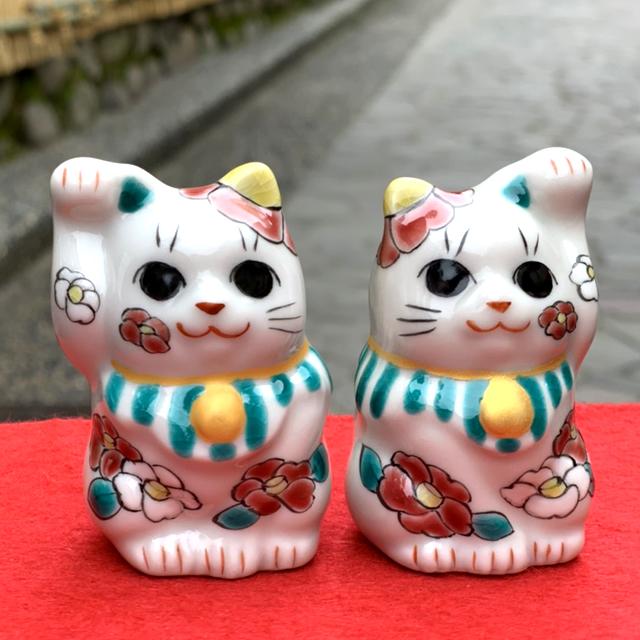 2月の招き猫「つばき」