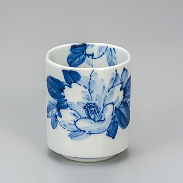 湯呑・染付山茶花