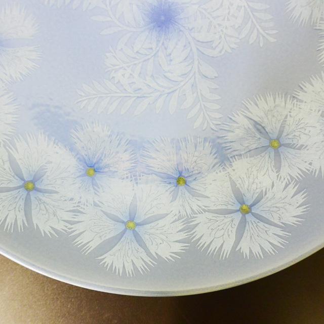 中田一於 釉裏銀彩撫子文飾皿
