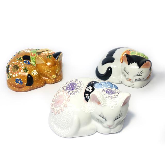 九谷焼 眠り猫