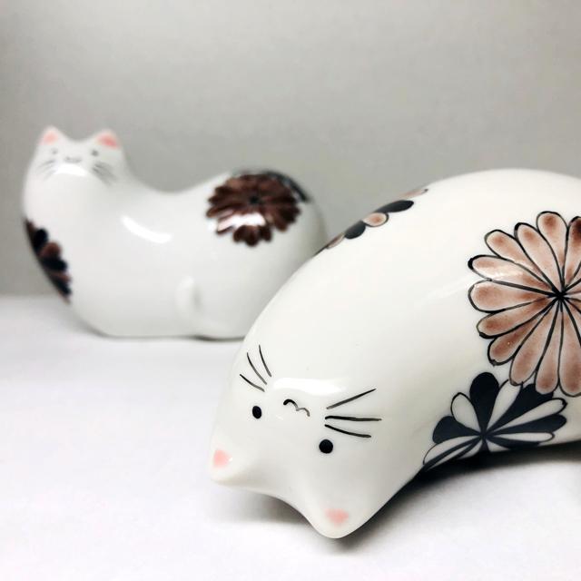 猫の置物 ~花~ 【鏑木オリジナル】