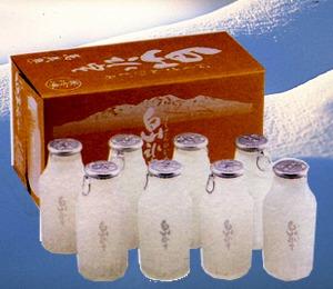 小堀酒造 万歳楽「白山氷室 氷酒8入」 【蔵から直送で送料無料】       【k4u5643】