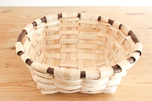 スペイン 栗の木のバスケット