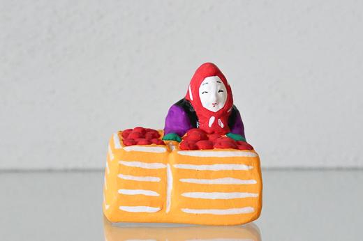 青森 高谷下川原焼土人形 りんご売り (MUTO)