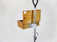 匠の木製2室エサ箱を、遠州灘スペシャルIIに装着しました。