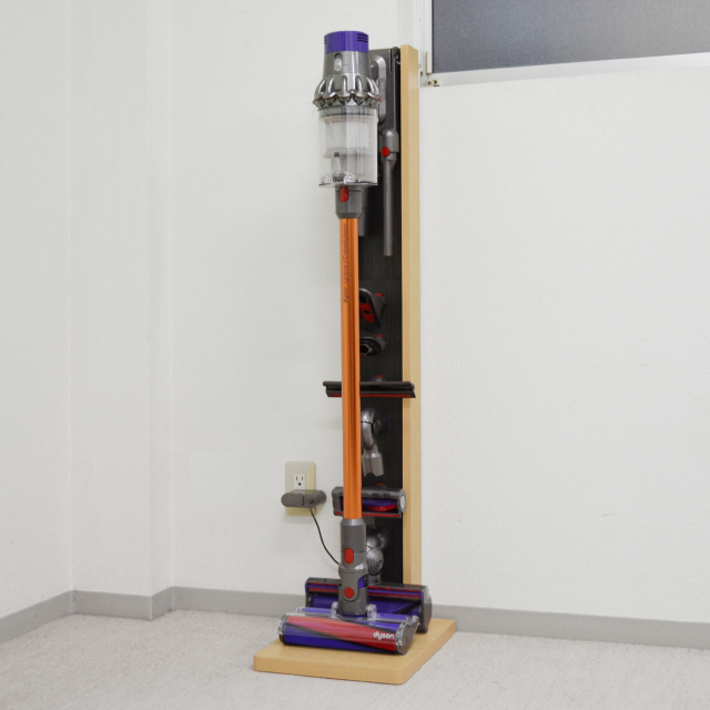 DYSTATION-FV10(ダイステーション)ダイソンクリーナースタンドV10専用(幅30cm×奥行35cm×高さ123cm)