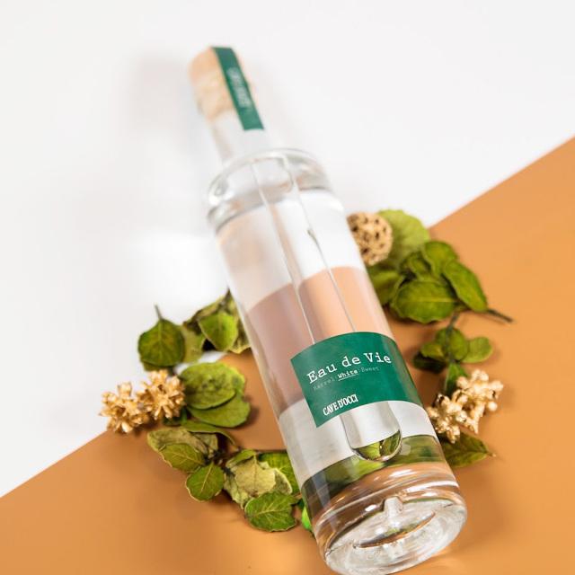 カーブドッチ オードヴィ ホワイト(Eau de Vie White) 350ml / カーブドッチ ワイナリー