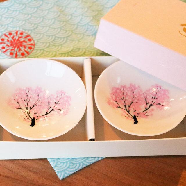 冷感桜 白平盃 大 ペアセット 箱入 / 丸モ高木陶器