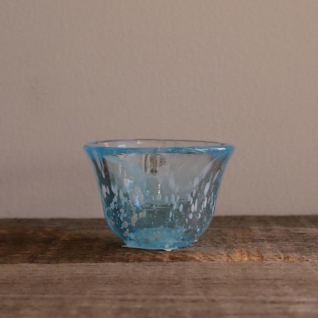 色和ガラス ぐい呑(WA513)  夏空 55cc/丸モ高木陶器